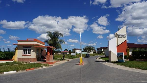 赞比亚卢萨卡公务员住房项目